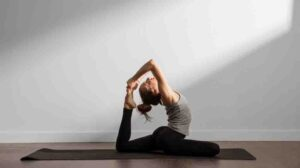 How long should you hold a yoga pose_2